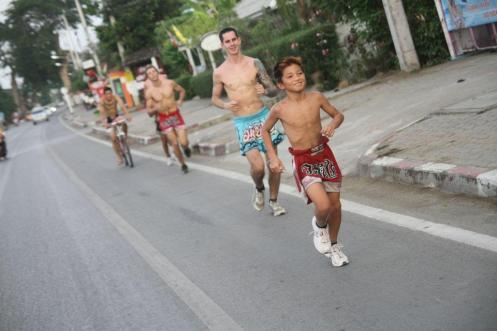 muay-thai-running